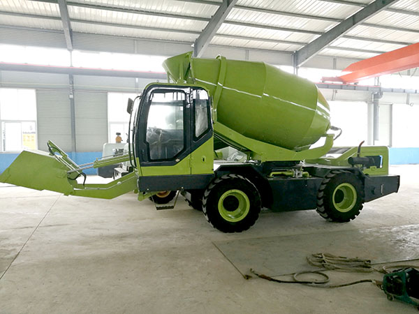 3.5m3 self loading concrete mixer truck