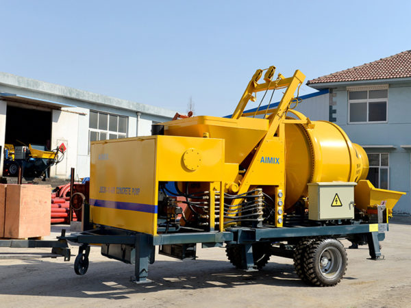 concrete mixer with pumping machine